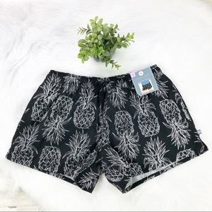 Lauren James NWT Pineapple Printed Shorts Small